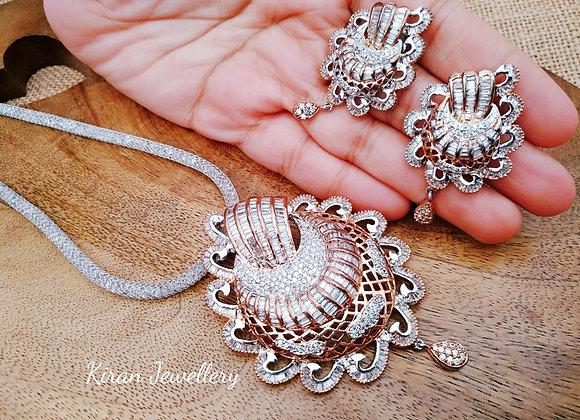 Elegant White and RoseGold Polish Pendant Set
