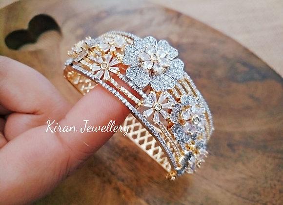Stylish Diamond Look Bracelet