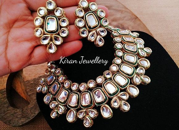 Elegant Kundan Necklace Set