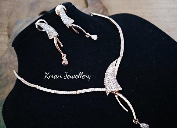 RoseGold Polish Elegant Diamond Look Necklace