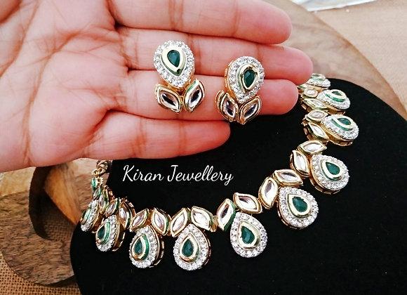 Elegant Green Stone Kundan Necklace