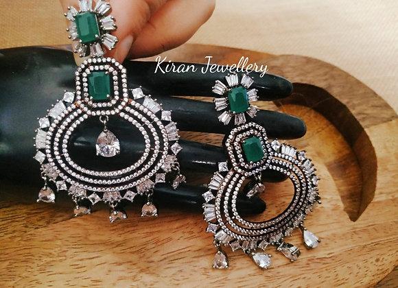 Black Polish Green Stone Elegant Earrings