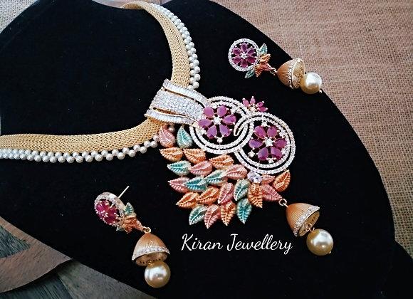 Elegant and Stylish Pendant Set