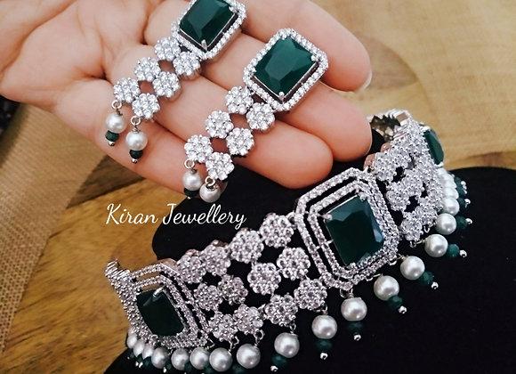 White Polish Green Stone Choker  Necklace