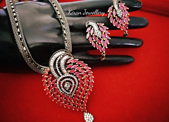 Black Polish Ruby Pendant Set