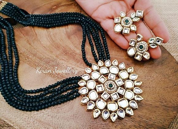 Green Mala Kundan Necklace Set
