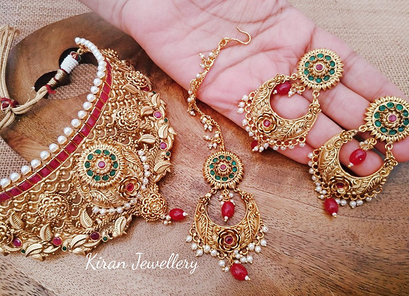 Antique Look Choker Set