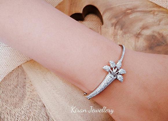 Silver Polish Elegant Bracelet