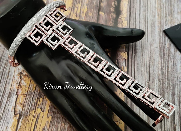 Elegant and Stylish Handcuff