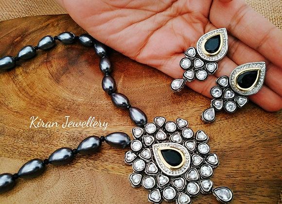 Grey Beads Kundan Necklace
