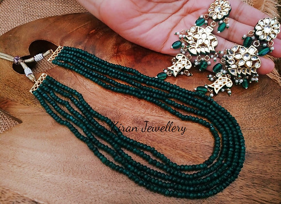 Green Color Elegant Necklace