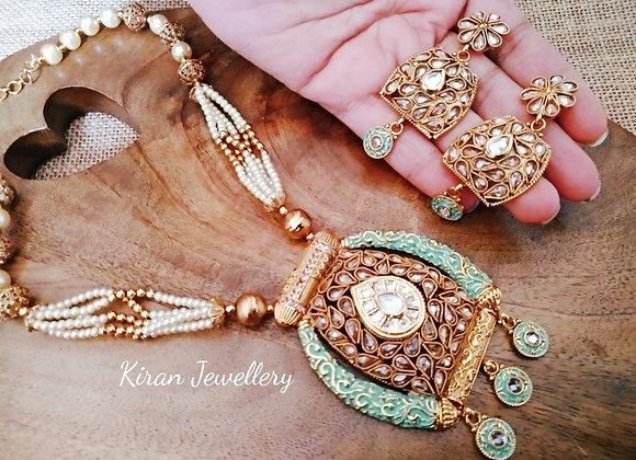 Green Meena Necklace Set