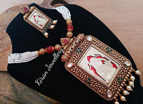 Antique Look Polki Necklace Set