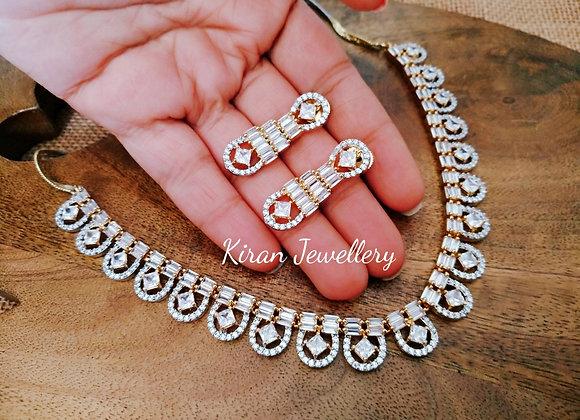 Beautiful And Elegant Sleek Necklace