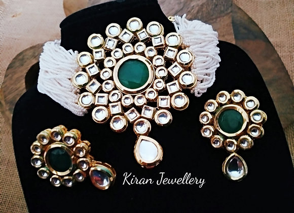Green Stone White Mala Kundan Set