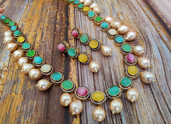 Lovely Pastel Shade Necklace