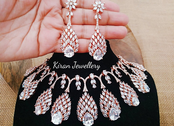 Royal Look Necklace