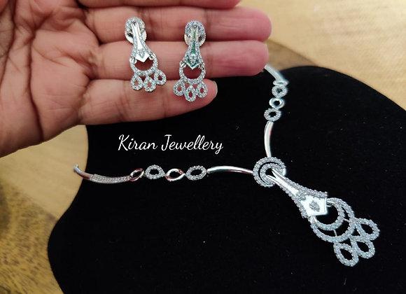 White Polish Elegant Necklace