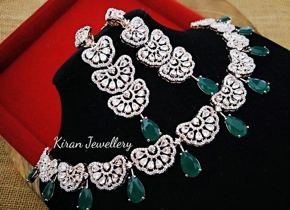Elegant Green Necklace