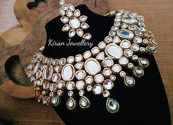 Kundan Necklace With Green Meena