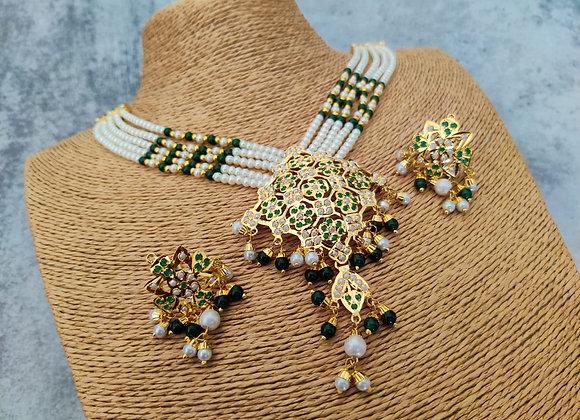 Green and White Stylish Jadau Necklace