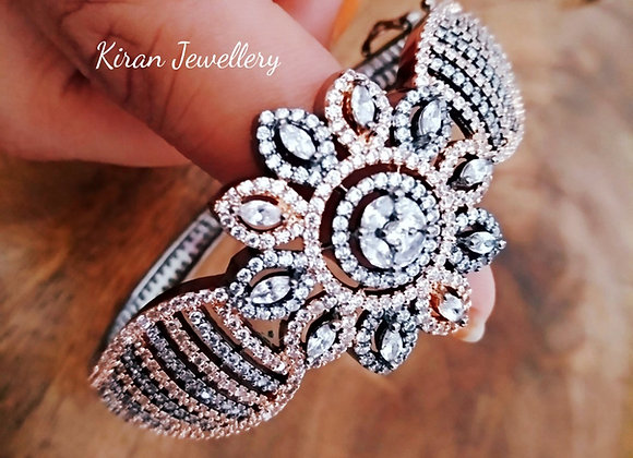 Black Polish Elegant Bracelet