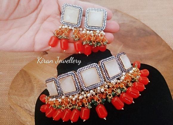 Stylish Choker With Orange Beads
