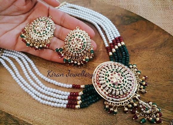 Elegant Jadau Necklace Set
