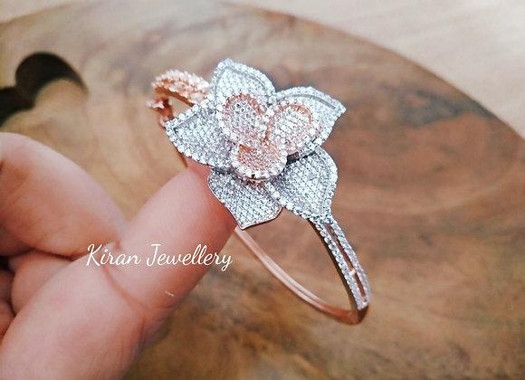 Elegant Flower Bracelet