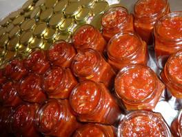 h mise en pot chutney tomates.jpg