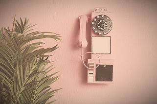 Pink%20old%20traditional%20phone%20with%