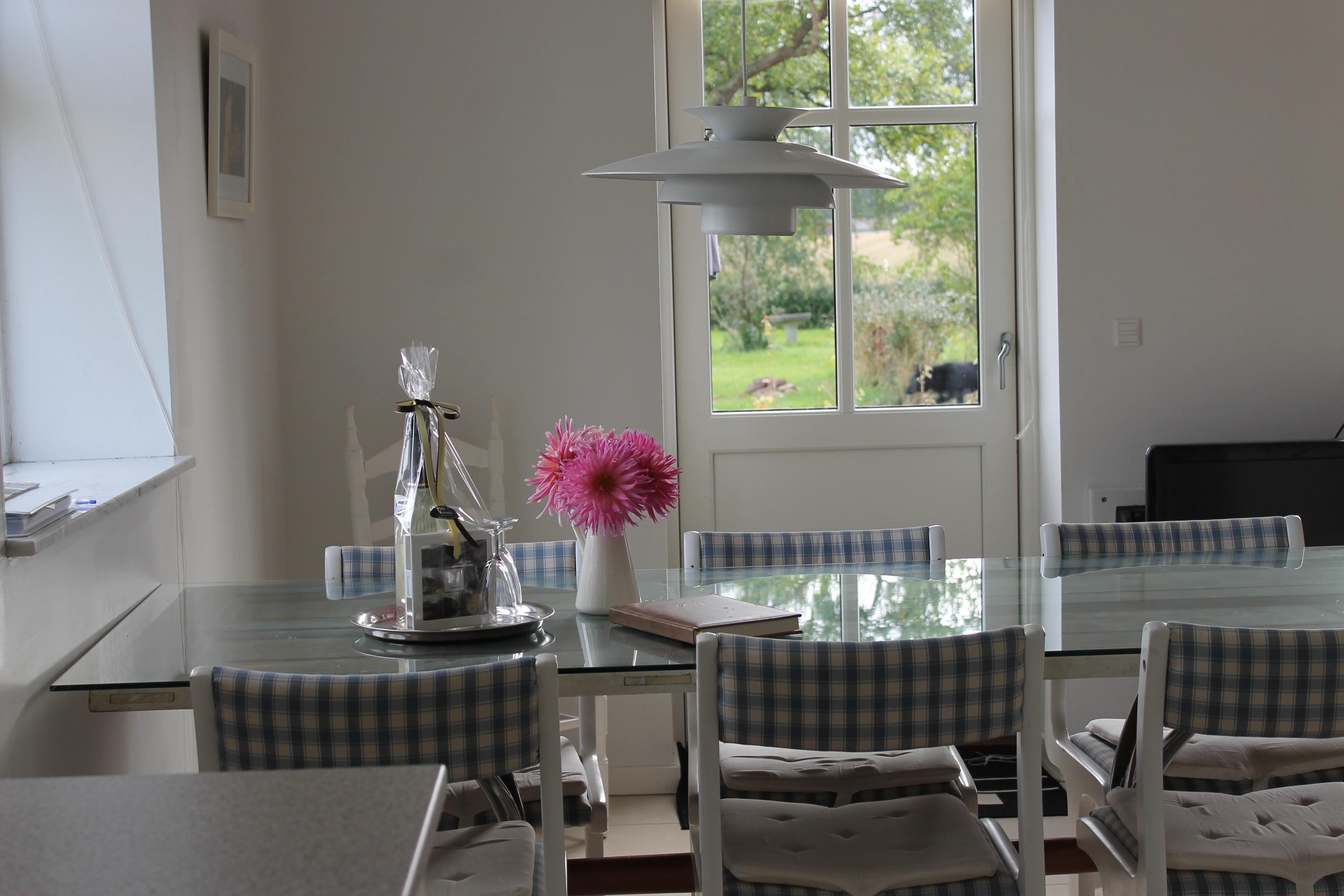 Diningroom+(A).JPG