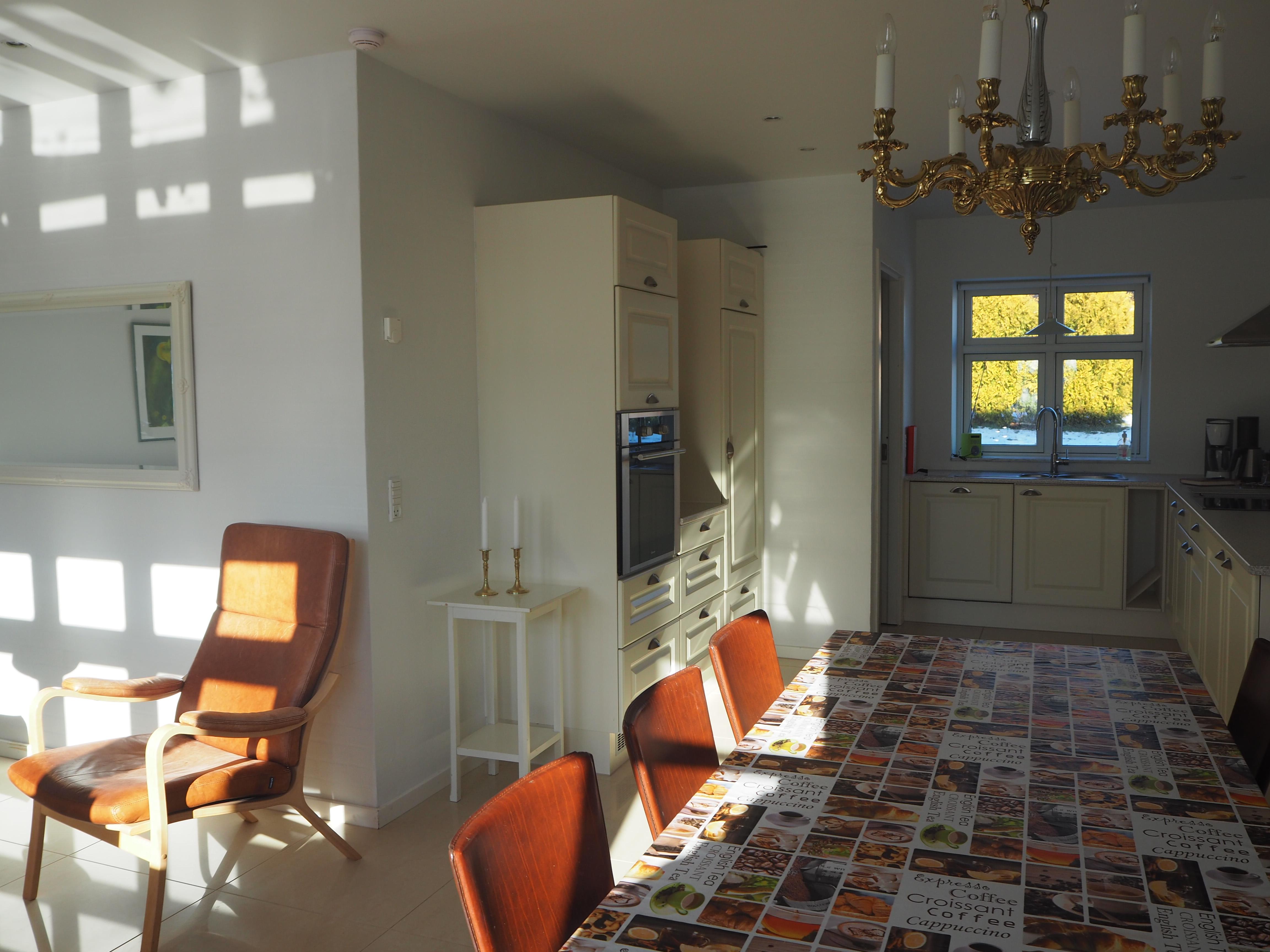 Apt. B, livingroom and kitchen