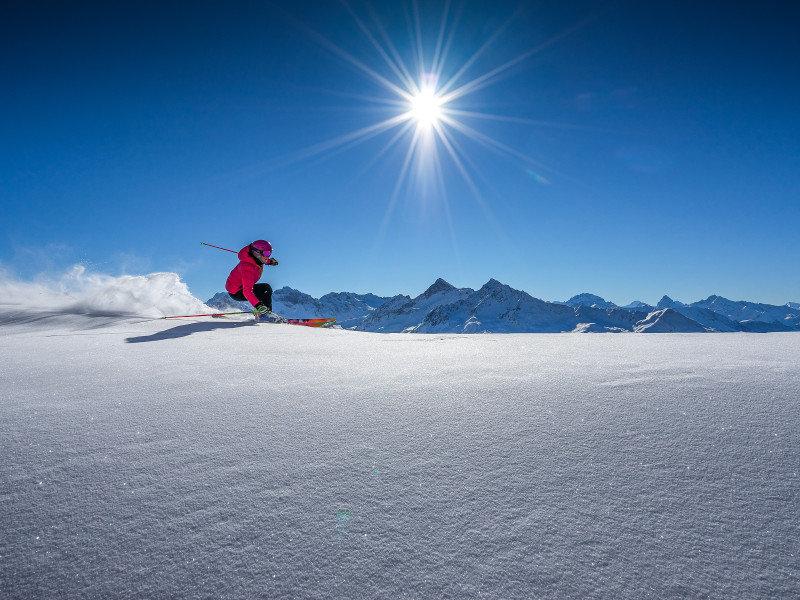 ski-resort_davos-klosters-mountains_n412