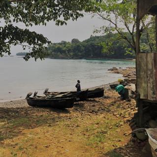 Praia Salagada and the Abade village