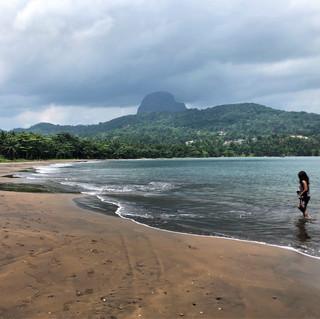 Praia sta Cruz beneath Sao Joao do Angolares, east coast