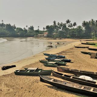 Agua Ize village, east coast