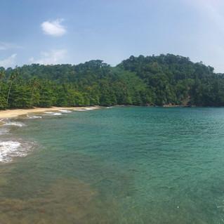 Praia Micondo, East coast