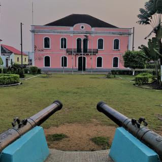 Santo Antonio main square