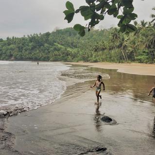 Praia Sete Ondas, east coast