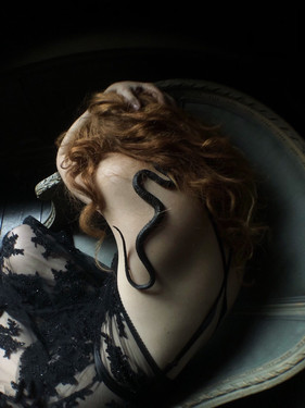 Photographer | Nona Limmen Model | Ivory Flame Designer | Emiah