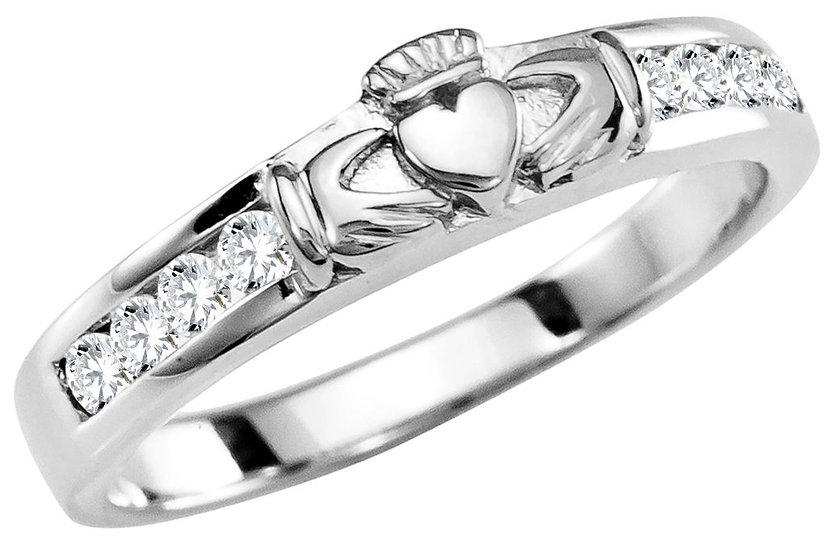 Diamonds and Gold Claddagh