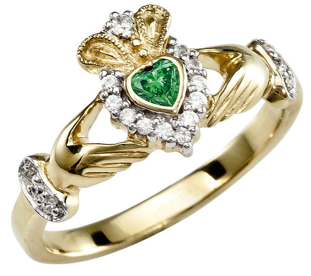 Emerald and Diamonds Gold Claddagh