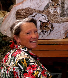Elizabeth Painting Lynx 2.jpg