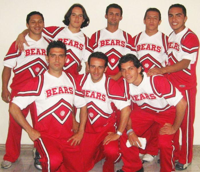 hombres osos1.JPG
