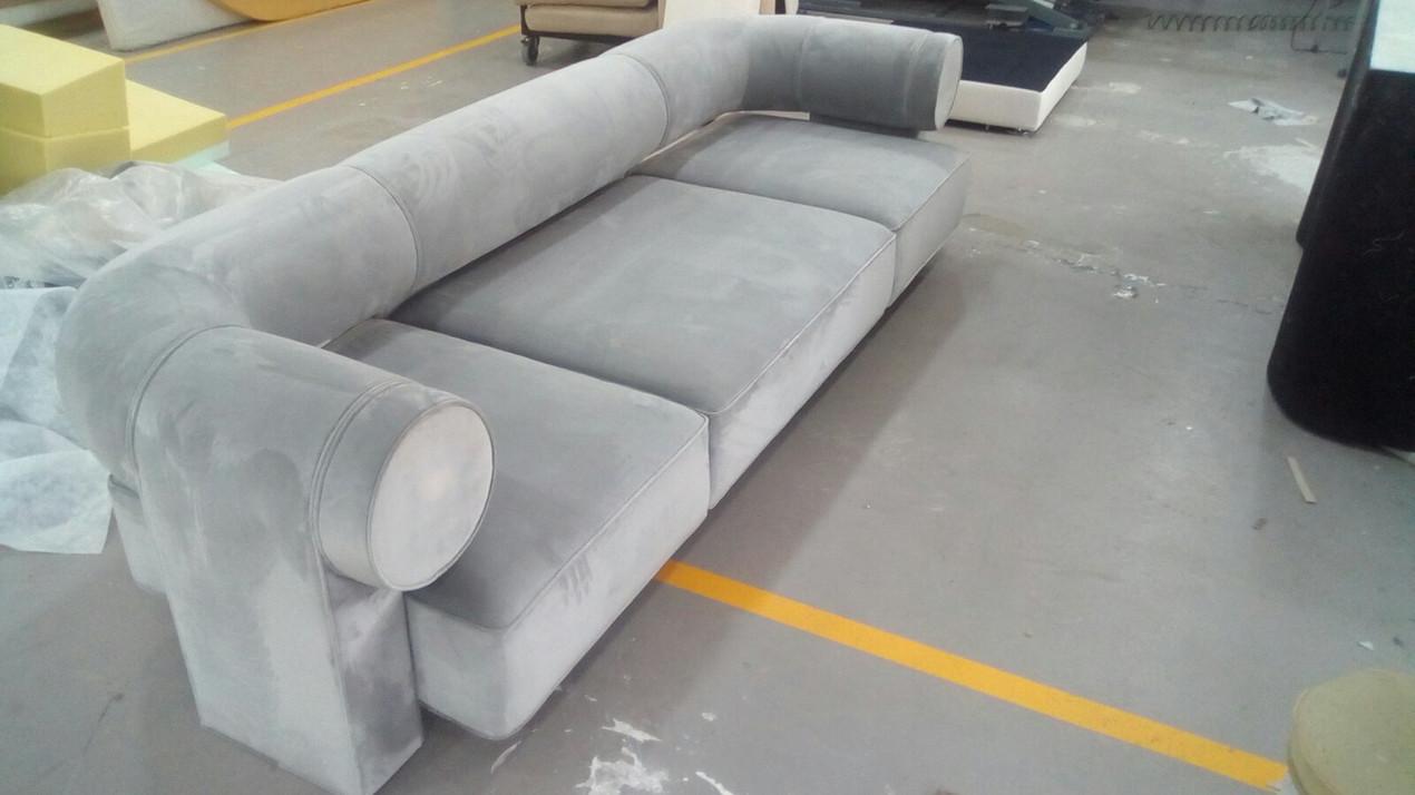 Sofa 1.jpg