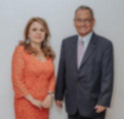 Miguel y Patty Frontal -1_edited.jpg