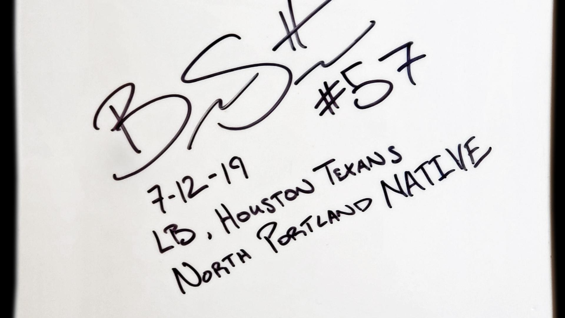 2019_07_30_Brennan Scarlett  Autograph e