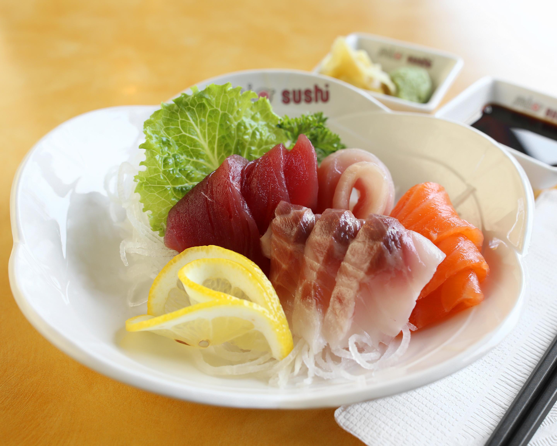 Mio Sushi Sashimi Combo