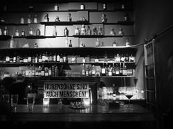 a bar 0711 / 2016